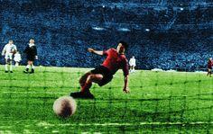 COPA DE EUROPA 1958; REAL MADRID - SEVILLA 5-0 Gol de Kopa, tras desbordar por velocidad a la defensa sevillista. (Diario AS)