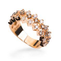 Anel em ouro com Diamantes da MONTECRISTO JOLHERIA fotografado po Andre Jung