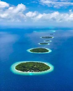 Paradise Travel, South Pacific, Archipelago, Vacation Trips, Maldives, Mother Nature, The Good Place, Ocean, Explore
