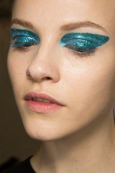 Christian Dior - F/W 2014. #ParisFW #Makeup #Beauty