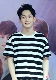 Kim Jong-dae (김종대) who is better known as Chen (첸), a member of the SM Entertainment boy group EXO (엑소). Exo Chen, Exo Ot9, Kpop Exo, Kyungsoo, Baekyeol, Kris Wu, Seoul, Kim Jong Dae, Kim Minseok