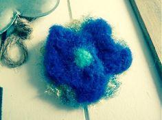 Martinuska / modrý kvet brošňa Brooches Handmade, Crochet Earrings, Jewelry, Jewlery, Jewerly, Schmuck, Jewels, Jewelery, Fine Jewelry