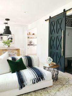 Barn Door -HOUSE SEVEN design + build