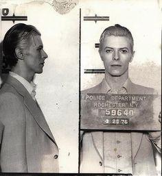 Foto policial de David Bowie