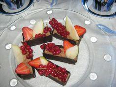 Maryjosecakes: Cajas de Chocolate con Fruta Fresca
