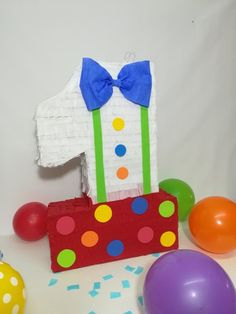 number 1 clown pinata, number 1 clown themed pinata ready to ship party, balloons party decoration Carnival Birthday Parties, Circus Birthday, Birthday Party Themes, Boy Birthday, Clown Party, Pinata Candy, Clown Balloons, Carnival Themes, Birthday Numbers