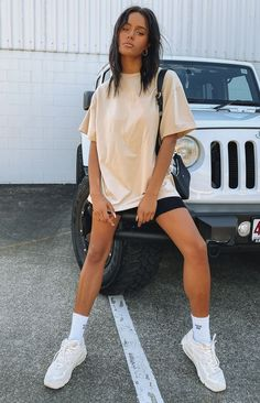 Nude Outfits, Teen Fashion Outfits, Look Fashion, Trendy Summer Outfits, Cute Comfy Outfits, Sporty Summer Outfits, Summer Ootd, Ootd School Summer, Summer Outfits With Converse