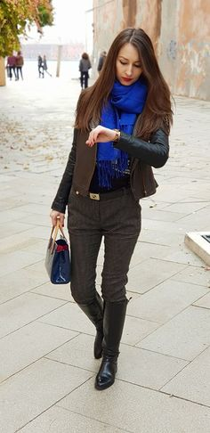 Stiletto and Red Lips - stilettoandredlips Fall Winter, Autumn, Red Lips, Feminine, Venice Italy, My Style, Hands, Pretty, Travel