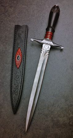custom handmade knives made solely by Grant Chambers. Pretty Knives, Cool Knives, Swords And Daggers, Knives And Swords, Knife Aesthetic, Cool Swords, Ninja Weapons, Dagger Knife, Medieval Weapons