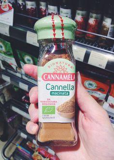 Итальянская органик-корица обнаружена в «Азбуке вкуса». Кстати, если выбирать именно органическую корицу, шансы купить именно корицу, а не более дешёвую кассию, намного выше. Экомаркировка «Евролист».