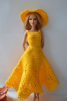 Free shipping! Barbie doll clothes - knitted dress with hat.