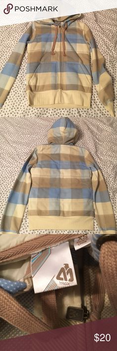 Matix Warm Hoodie This Matix hoodie has never been worn! It is good for the fall or spring. If worn in the winter, I'd recommend another jacket over it depending on how cold it is.  It's in perfect condition! Matix Clothing Company Jackets & Coats Puffers