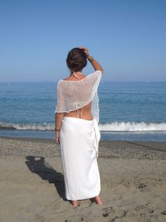 White linen poncho, summer knitwear, lace cover up por EstherTg