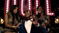Flo Rida - How I Feel [Official Video] Published on Nov 14, 2013 Shot entirely on location at Planet Hollywood Resort & Casino Las Vegas Flo Rida - How I Feel [Official Video] directed by Shane Drake Follow Flo Rida on Twitter @official_flo http://www.officialflo.com http://instagram.com/official_flo http://www.twitter.com/official_flo http://www.facebook.com/officialflo