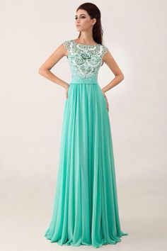 LOVE this turquoise prom dress!