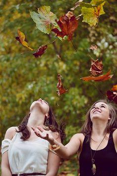 Ein langes Wochenende steht an...ausschlafen, ein ausgiebiges Frühstück, aktiv sein, sich mit Freunden & Familie treffen, lachen,  Musik hören, tanzen, den Herbst genießen... was auch immer Euch Freude bereitet! Viel Spaß dabei wünscht Euer paleo lädchen - Team