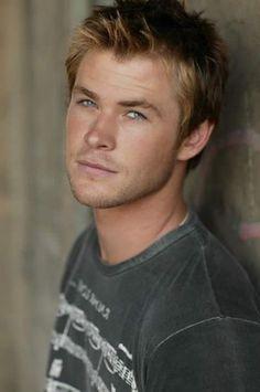 Luke Hemsworth ~ Wow! All of them are gorgeous!