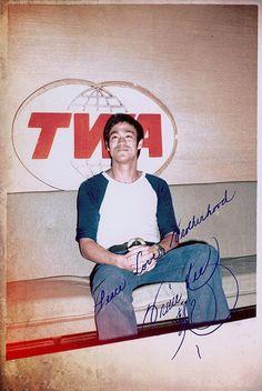 Bruce Lee (autographed photo)
