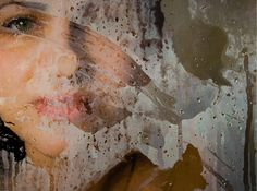 Photo-realistic paintings by Alyssa Monks