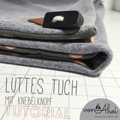 With pdf tutorial - Sew a lütte kerchief, it& very simple and really looks great … with every outfit. Easy Sewing Projects, Sewing Tutorials, Sewing Patterns, Sewing Toys, Sewing Clothes, Homemade Wraps, Diy Accessoires, Sewing Accessories, Diy Clothing