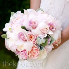 Real Weddings - A Formal Outdoor Wedding in Rutherford, CA - Pastel Pink Bouquet