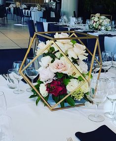 The Gem is a beautiful geometric gold wedding centerpiece #centerpiece