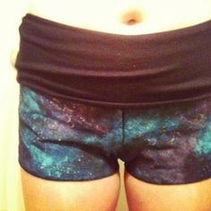 How to make your own galaxy clothes tutorial