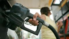 Sinking gas prices drive down consumer costs in West - Denver Business Journal