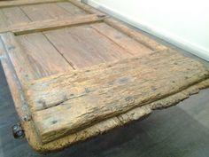 table basse porte ancienne
