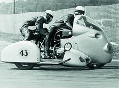 BMW sidecar racing