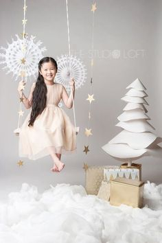 Family photographers in Singapore: Eight tips to make your Christmas photo shoot magical Christmas Mini Sessions, Christmas Minis, Christmas Baby, Christmas Time, Xmas, Christmas Photo Shoot, Holiday Photos, Christmas Pictures, New Years Decorations