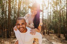 KAREN E DANILO Ensaio de casal em Holambra Fashion, Field Of Sunflowers, Photoshoot, Wedding Photography, Beautiful Landscapes, Married Couple Photos, Moda, Fashion Styles, Fashion Illustrations