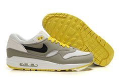 Le Scarpe Alla Moda Nike Air Max 90 VT All Royal 472489 064 Running Shoe, cheap Nike Air Max Engineered mesh provides ventilation for your forefoot while supporting your midfoot. Nike Air Max 87, Air Max 1, Air Max Nike Mujer, Nike Air Max Trainers, Nike Air Max Mens, Cheap Nike Air Max, Nike Air Max For Women, Air Max Sneakers, Nike Men