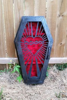 Gothic coffin shadow box By lifeafterdeath designs - coffin nails Baroque, Home Decor Bedroom, Room Decor, Horror Decor, Goth Home, Gothic Furniture, Furniture Decor, Gothic Home Decor, Gothic House