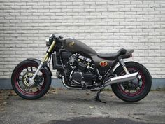1984 Honda Magna almost ready to bastardize - Cafe Racers - DO THE TON