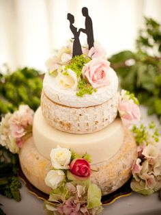 Wedding cheese: Beautifully proportioned