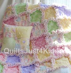 baby rag quilt - somebody needs to make this for me...