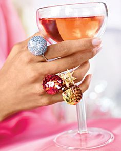 Pretty Balls ;)  Great rings to make for the holidays
