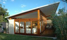 Amazing Building Roof Design Architecture (Simple and Functional Design) 30 Amazing Building Roof Design Architecture (Simple and Functional Design) - FIELDERMAN. Australian Architecture, Roof Architecture, Australian Homes, Amazing Architecture, House With Porch, House Roof, Facade House, House Facades, Architect House