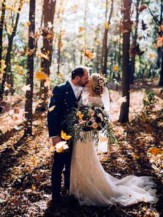 fall wedding photography Fall weddings are the perfect excuse to throw leaves like confetti! Courthouse Wedding Photos, Indian Wedding Photos, Funny Wedding Photos, Romantic Wedding Photos, Woodsy Wedding, Wedding Pics, Fall Wedding, Perfect Wedding, Wedding Ideas