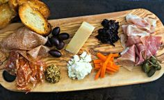 How to create the best charcuterie board!