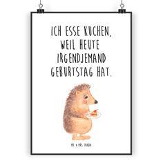 Poster DIN A3 Igel mit Kuchenstück aus Papier 160 Gramm  weiß - <b>Das Original von Mr. & Mrs. Panda.</b>  Jedes wunderschöne Poster aus dem Hause Mr. & Mrs. Panda ist mit Liebe handgezeichnet...