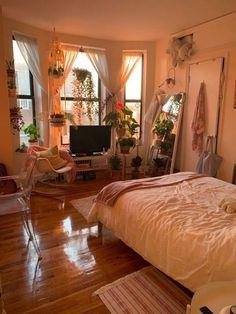 Small Room Bedroom, Bedroom Colors, Bedroom Ideas, Bed Room, Bedroom Designs, Bedroom Inspiration, Ikea Bedroom, Bedroom Orange, Warm Bedroom