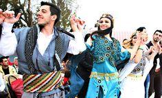 Nowruz Travel And Tourism, China, Places, Happy, Lugares, Porcelain, Porcelain Ceramics, Happiness