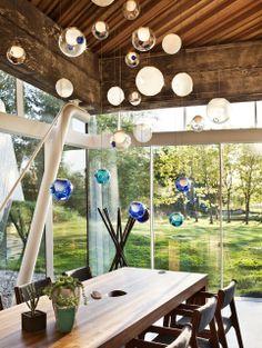 Bocci 28 in Color - Design Milk Bocci Lighting, Pendant Lighting, Outdoor Lighting, Interior Lighting, Lighting Design, Lighting Concepts, Modern Lighting, Round Light Bulbs, Blitz Design