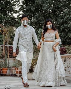 Where To Buy Gorgeous And Stunning Wedding Masks Online Summer Wedding Outfits, Bridal Outfits, Wedding Poses, Wedding Photoshoot, Wedding Ideas, Bridal Mask, Indian Wedding Couple, Indian Bridal Fashion, Groom Wear