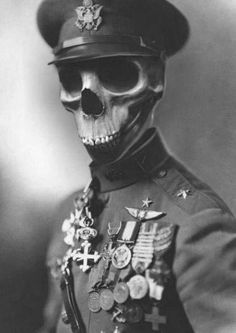 When will my husband return from the great skeleton war? << Soon I hope madam