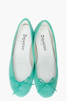 Love the color of these REPETTO Goatskin Ballerina Flats, especially since they match 99% of the tops I've purchased in the past few years.