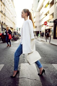 Simple and classic always works best.  White coat, white LV Epi Alma, pegged jeans, black heels