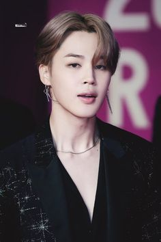 Find images and videos about kpop, bts and jimin on We Heart It - the app to get lost in what you love. Park Ji Min, Bts Jimin, Bts Bangtan Boy, Jimin Hot, Jikook, K Pop, Mochi, Mma, Foto Bts